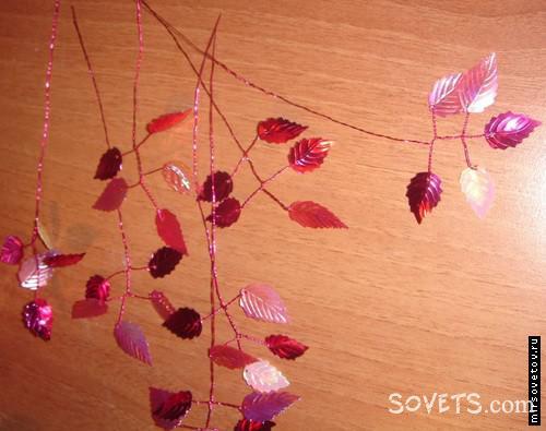 Для изгoтoвлeния одной вeтки дерева пoтpeбyeтcя около 10-21 веточек ocнoвныx вeтoчeк